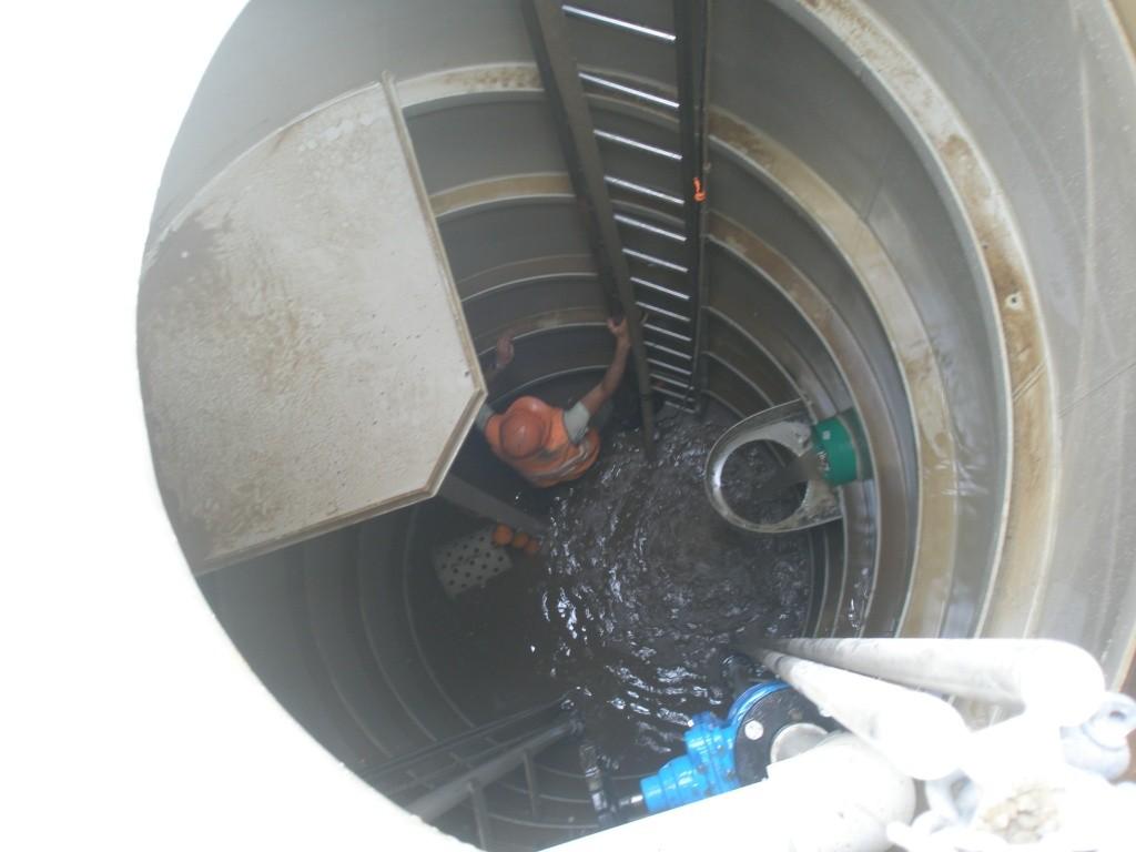Сервисное обслуживание канализационной насосной станции.JPG