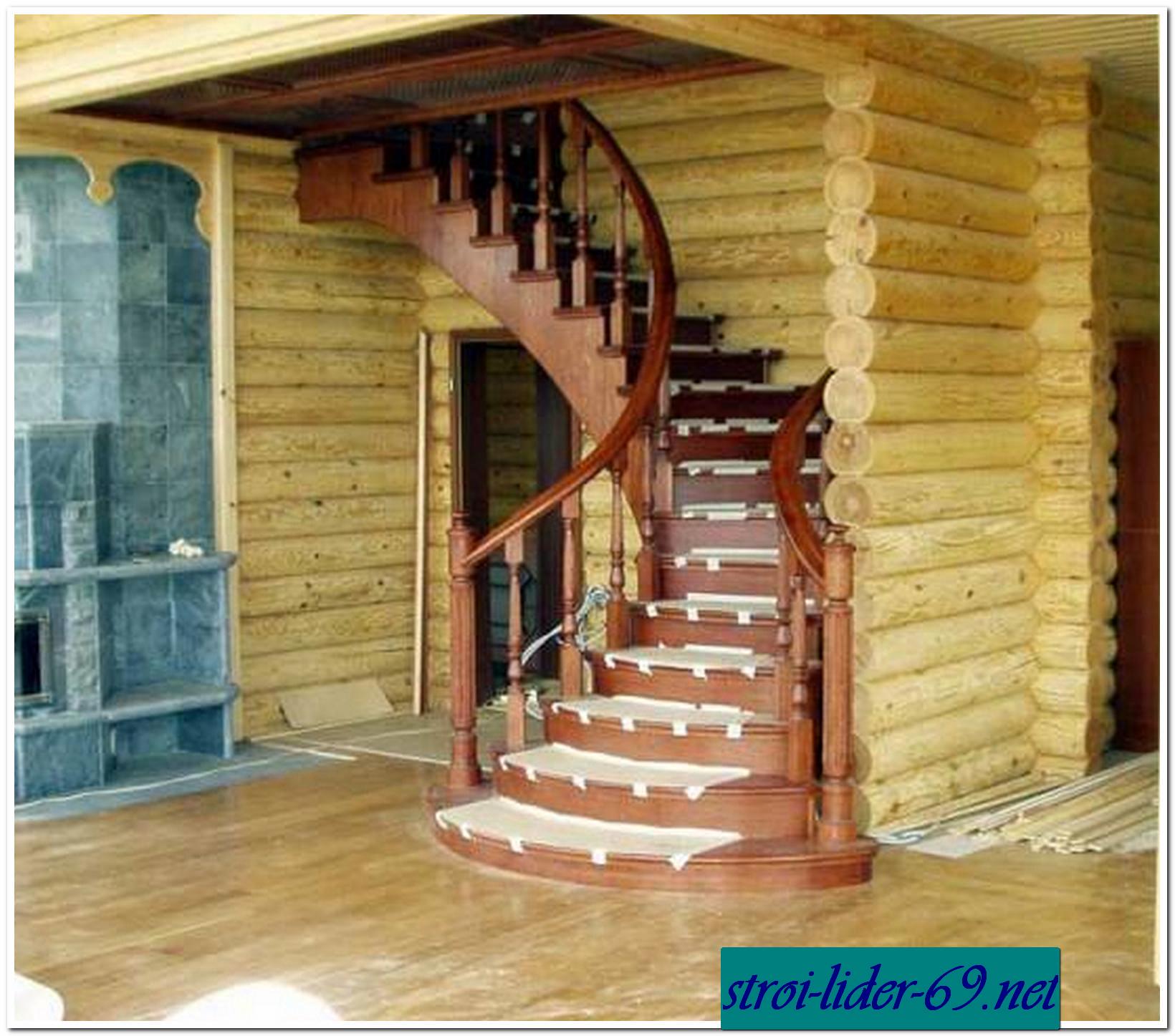 Фото лестницы в деревянном доме своими руками